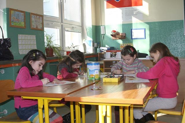 scoala_elevi