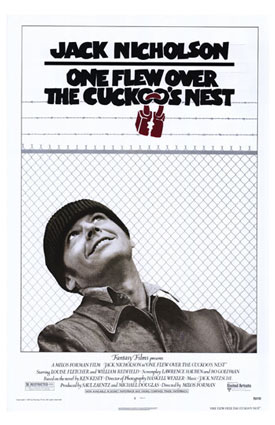 """One Flew Over the Cuckoo's Nest poster"" de Sursa. Utilizare cinstită via Wikipedia - https://ro.wikipedia.org/wiki/Fi%C8%99ier:One_Flew_Over_the_Cuckoo%27s_Nest_poster.jpg#/media/File:One_Flew_Over_the_Cuckoo%27s_Nest_poster.jpg"