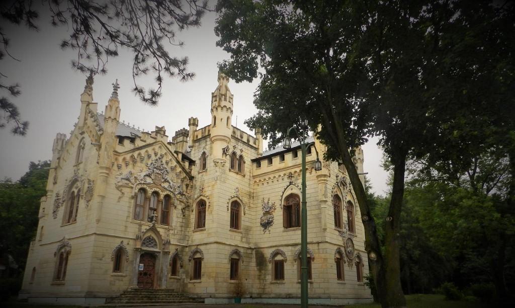 castelul_miclauseni
