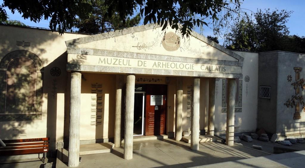 Muzeul de Arheologie Callatis, Mangalia Sursa: http://www.infopress.tv/o-nou-expoziie-temporar-la-muzeul-callatis/