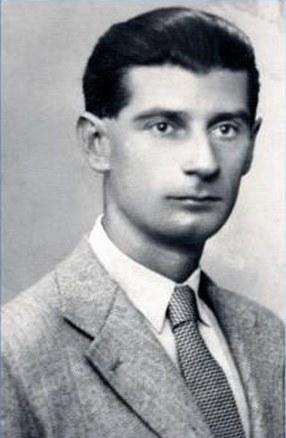 Ovidiu Papadima (1909-1996), eseist, istoric literar, cronicar literar și folclorist român.