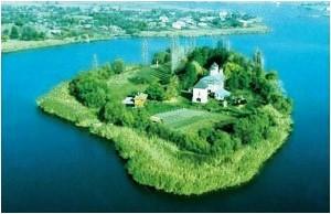 minastire-insula-snagov-300x194