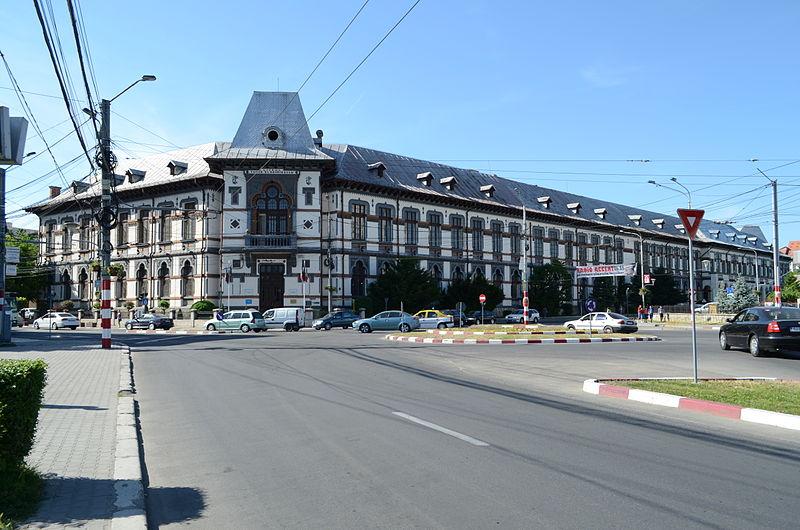 Colegiul Național_-Tudor Vladimirescu, Târgu Jiu, Foto: Răzvan Socol