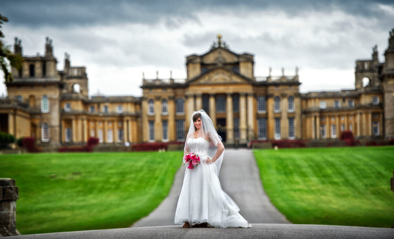 Wedding at Blenheim Palace (source: www.bristophotography.com)