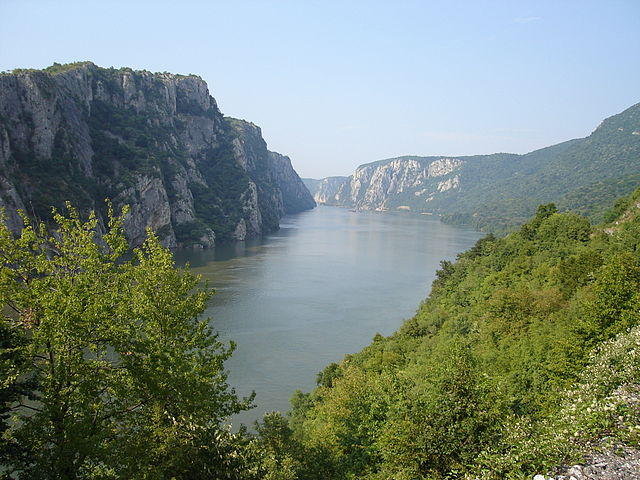 640px-Danube_near_Iron_Gate_2006
